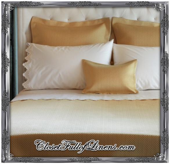 Alba Sheets Coverlet and Shams Bed Set